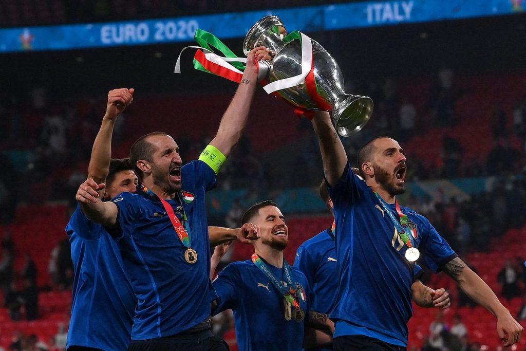 Keunggulan Italia vs Inggris