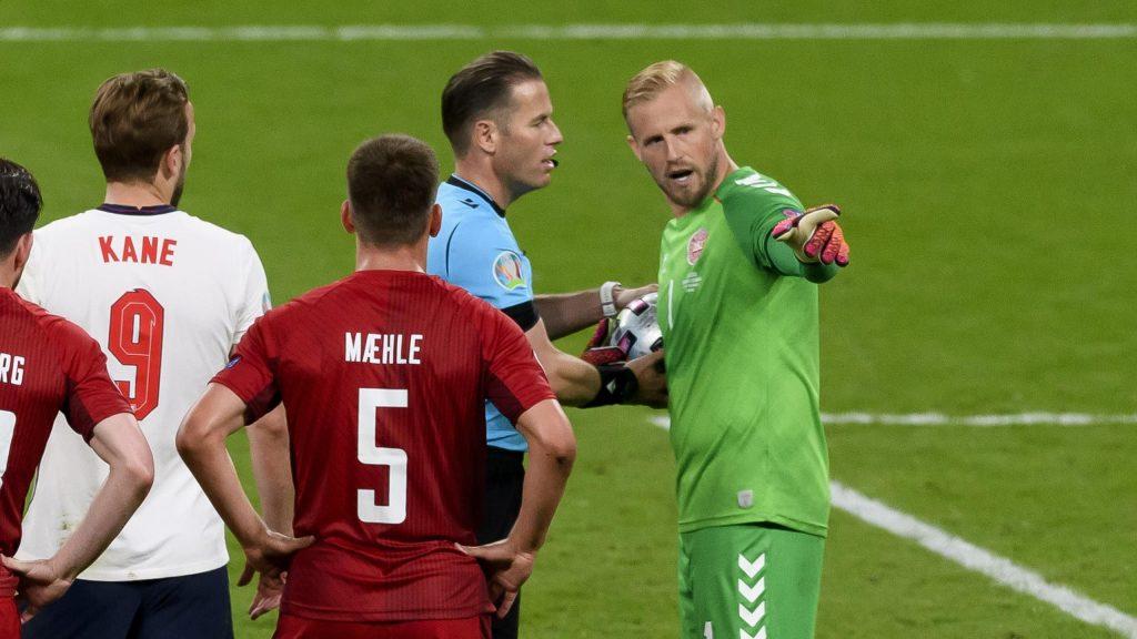 Uniknya-Laga-Inggris-vs-Denmark